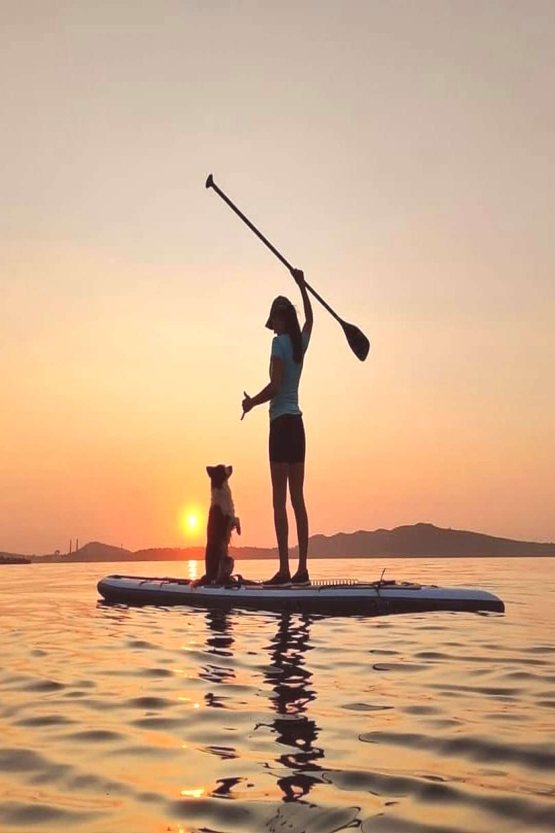 Another day,another sunset! Love to paddle with dog. Photo @sunsupmcz paddle board up paddle board