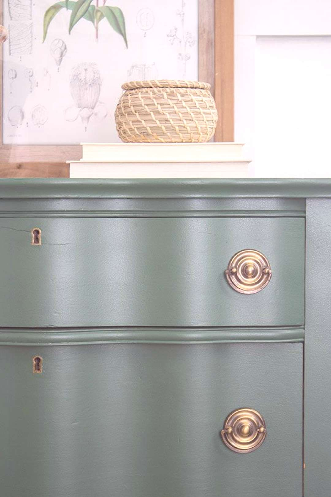 How to paint vintage, antique furniture using a Wagner paint sprayer to receive a smooth, flawless